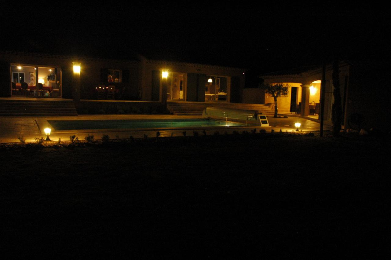 La villa by night