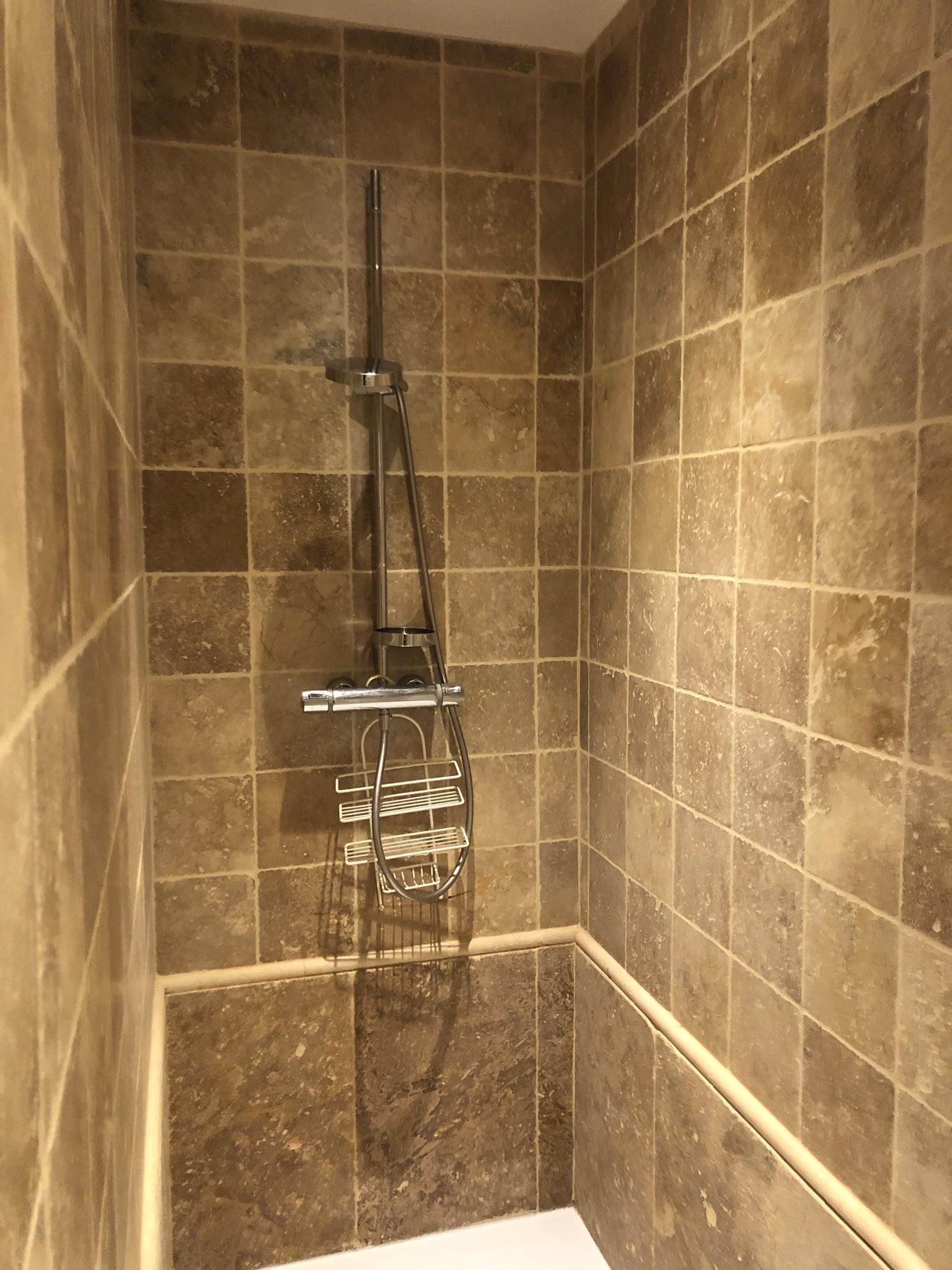 Salle de bain chambre Basilic (enfants)